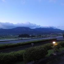 【四季の森景観】五岳夕暮れ