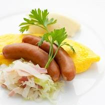 レストランハピナ(オムレツ/朝食一例)