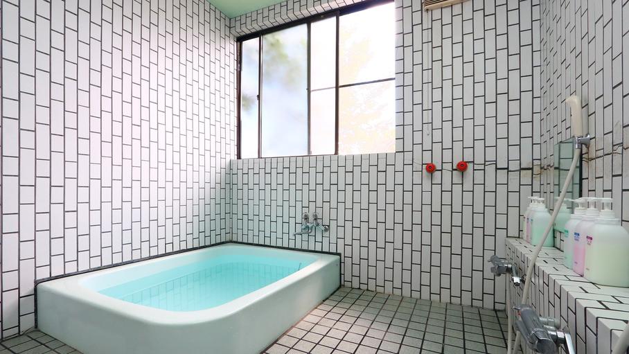 お風呂は2箇所ございます!