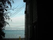裏庭から海を撮影!