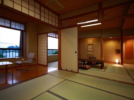 【禁煙】ゆったり広々サイズの二間続きの和室(12畳+8畳)