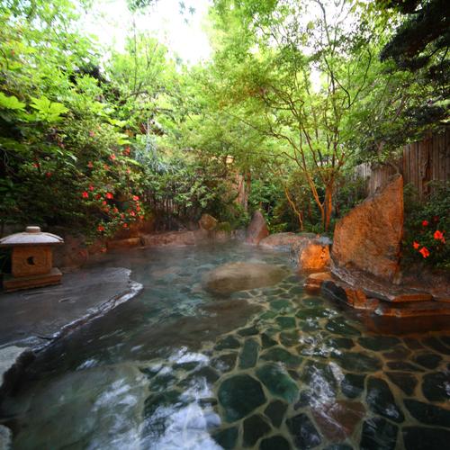 露天風呂(渓流の湯)