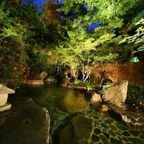 露天風呂「渓流の湯」