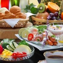 約80種類の朝食バイキング(洋イメージ)