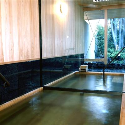 和楽貸切風呂【あしび】檜風呂