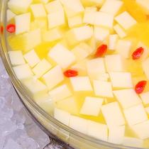 レモン風味の杏仁豆腐♪
