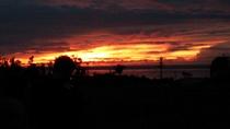 夕焼けに燃える野底半島