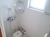 広々シャワールーム