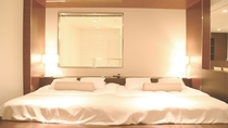 【Suite Room:NAGOMI】ベッド