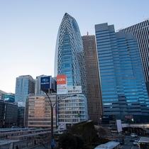 新宿駅西口の風景