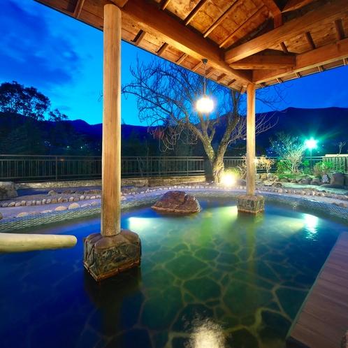 4F大浴場「月の詩」夜の露天風呂