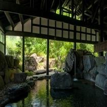 庭園岩風呂(男湯)