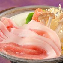 料理 無菌豚ときのこ鍋1