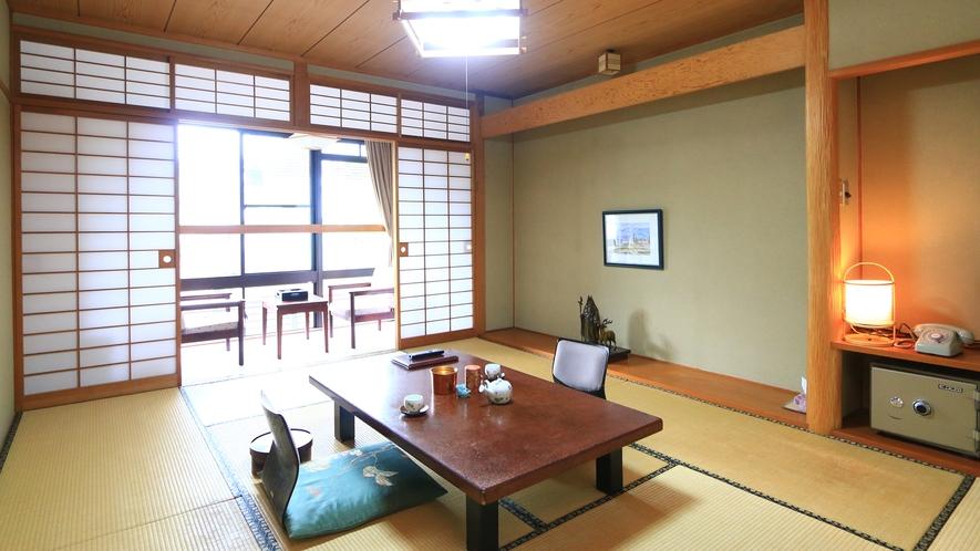 【客室一例】昔ながらの和風旅館でごゆっくりお寛ぎ下さい。