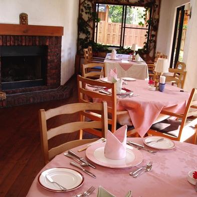 山の小さなホテルで気持ち良い時間を♪【本館】夕食・朝食付