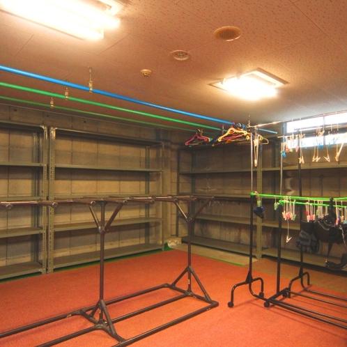 【館内】広くてきれい♪な乾燥室。