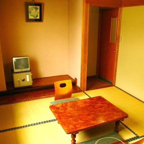 【トイレなし】4.5畳和室: 手狭なお部屋のお値打ち価格