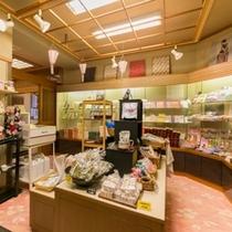 【売店】湯涌や金沢、石川のお土産など取り揃えております。