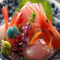 【季節のお造り】近江市場直送、海の幸を満喫ください。*写真はイメージ