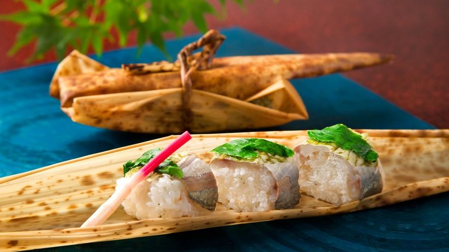 連泊特典「鯵の棒寿司」