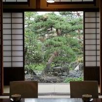 ◆庭園を眺めながら