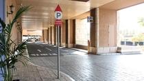 【その他】駐車場 ご到着日の13時から翌日の13時までが¥3,000です。