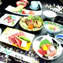 【夕食】熊本ブランド牛と馬刺しが楽しめるお肉大好きコースの一例