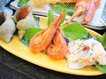【ご夕食の一例】つぶ・シマエビ・いずし