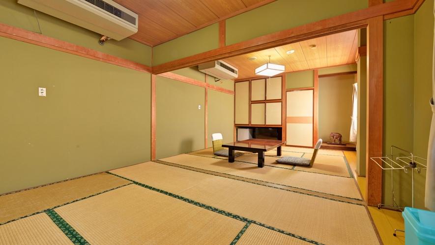 *2F和室8畳+6畳(客室一例)/グループやご家族でのご宿泊にオススメ!団欒のひと時をお過ごし下さい
