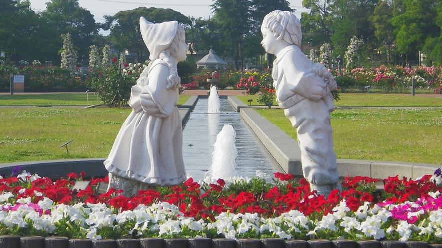 *敷島公園/毎年春と秋にはバラ祭が開催!写真映えもばっちりです★