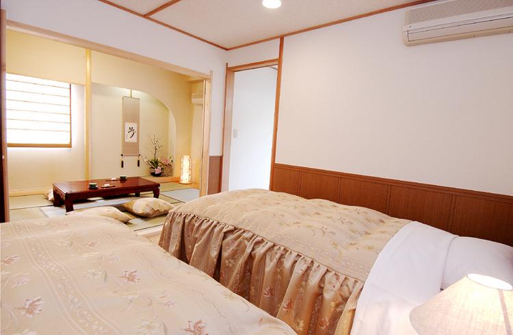 客室・露天風呂付和洋室D(c)