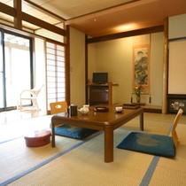 3階和室【庭園側】(一例)