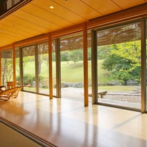 【客室例】露天風呂付客室。時間を忘れて寛げる空間…