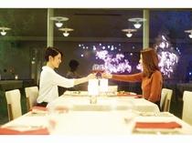レストランラグラース夕食時イメージ※ライトアップの点灯時間は時期により異なります