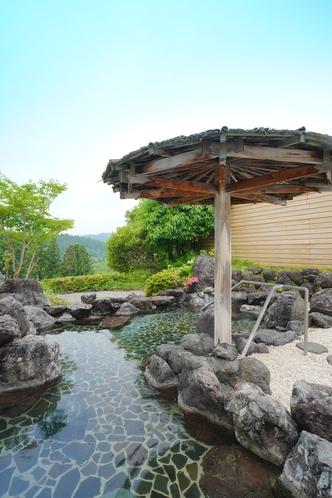 霧生温泉「雅の湯」 露天風呂