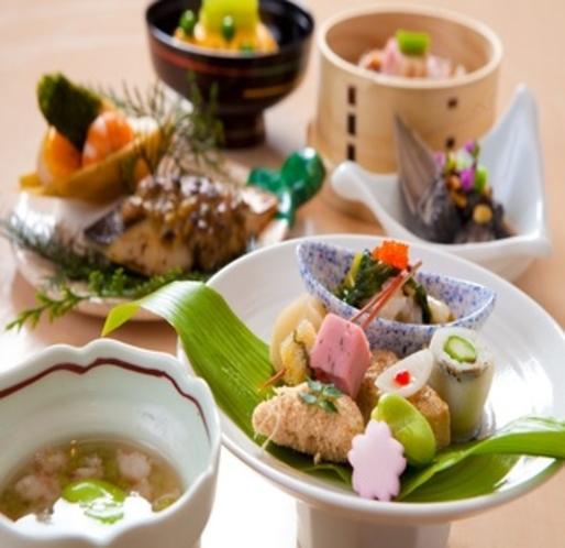 【夕食一例】 春の懐石