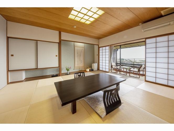 客室 ~海側3階和室10畳+広縁付き~