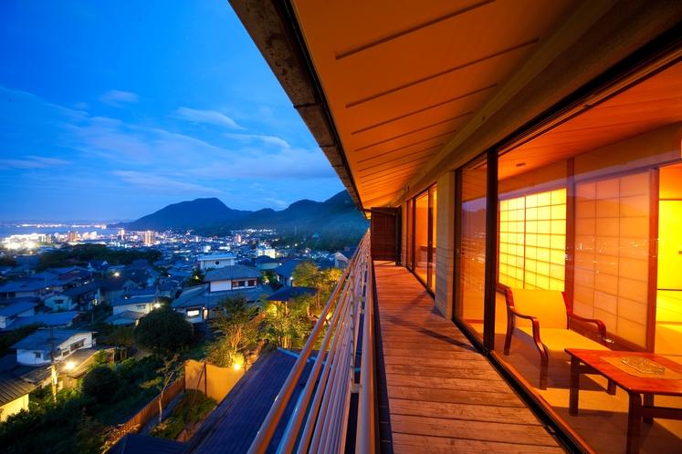 当館自慢の眺望を満喫 ~客室 海側3階和室~