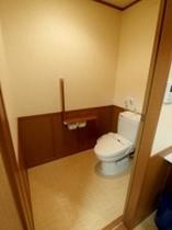 【バリアフリースイートルーム】ウォシュレットトイレ 車いすもOK