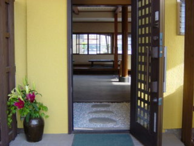 食事処「菜茶」玄関