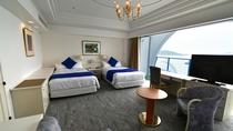【2020年2月改装・デラックスツイン(最上階5階)】カーペット・壁紙・ベッドを刷新。