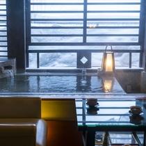 【スイート棟・離庵山水】冬の冷たい空気と露天風呂の温かさで普段体験できない滞在を