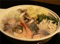 海の幸たっぷり海鮮鍋