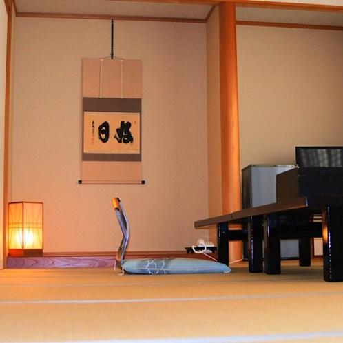 和室14畳(2~7名)広々としたつくりでくつろげる空間となっています。
