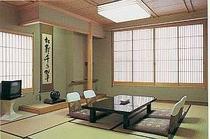 和風情緒あふれ、清潔感漂うお部屋