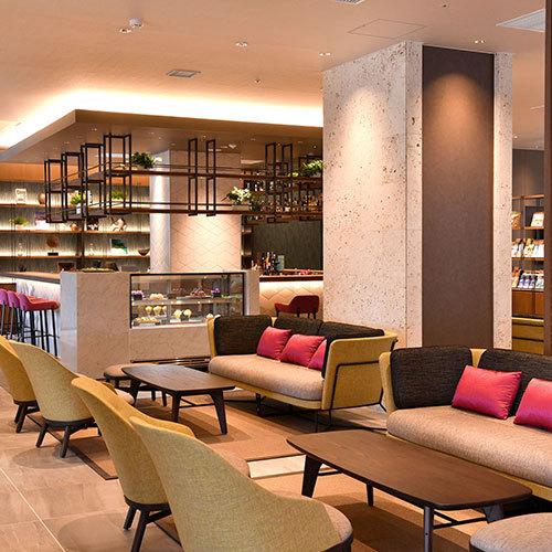 【Lounge Bar ADAN】
