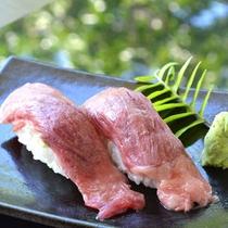 【創作島料理・寿司処-ゆんたく】石垣産黒毛和牛握り