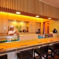 【創作島料理・寿司処 ゆんたく】地元料理人との会話が楽しいカウンター席