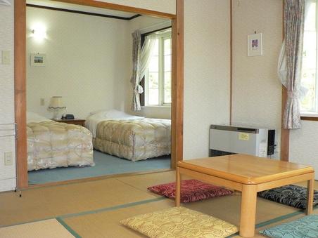 ゆったり広い和洋室(8畳間+洋室)(バス・トイレ付)