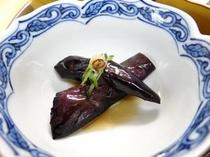 お夕食一例(揚げ茄子の南蛮酢)